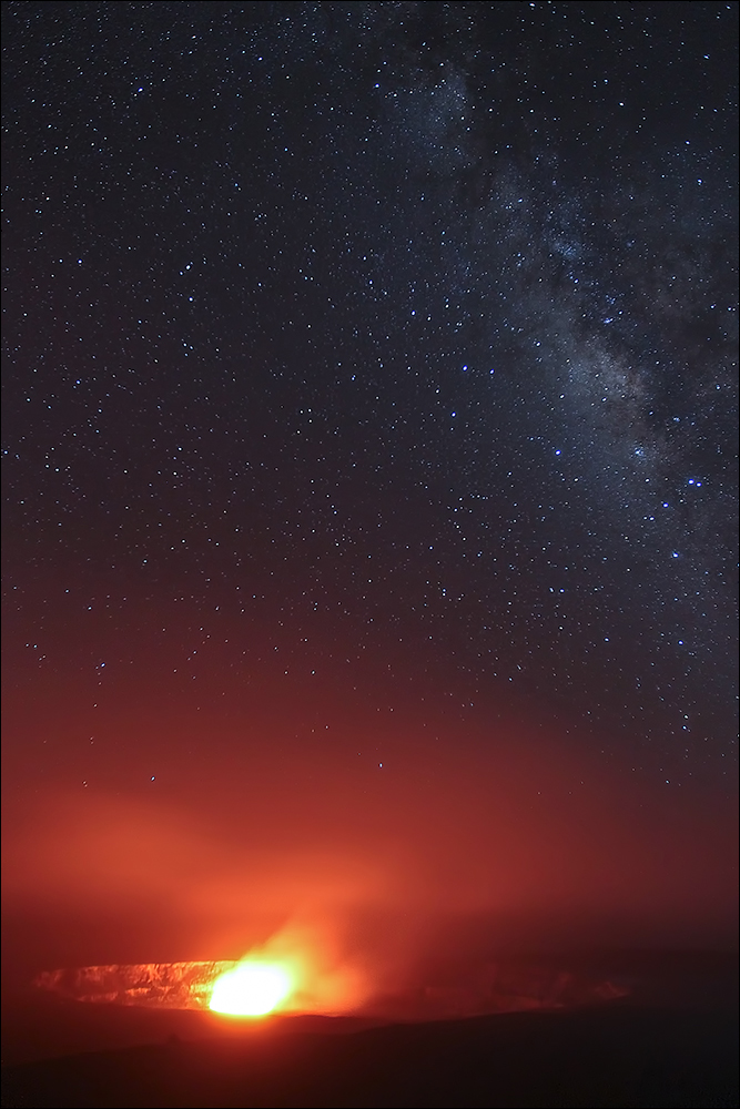 Kilauea Caldera, Volcanoes National Park, HawaiiCanon 1DMKIV, 16-35mmL II @ f/2.8, 20 second timed-exposure, 3200 ISOSeptember 5, 2010
